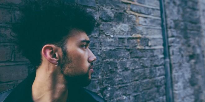 INTERVIEW: Alternative, Eclectic, Moody R&B Artist Ethan Breakaway