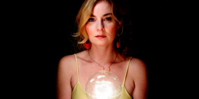 "Jenn Grant Shares Video For ""Galaxies"" Single! New album ""Paradise"" Out March 3!"