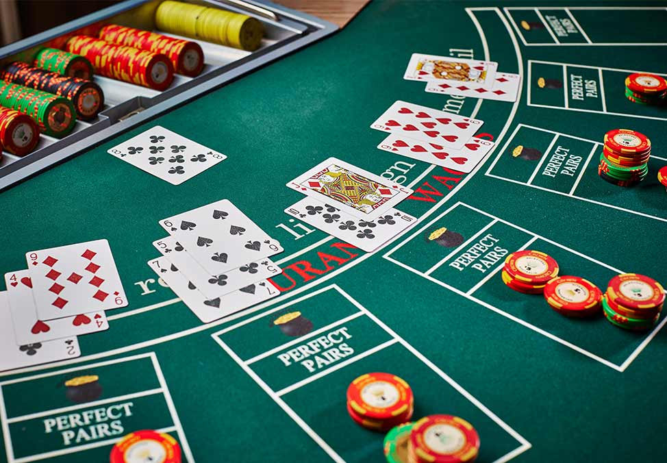 Blackjack at the casino santa anna star casino
