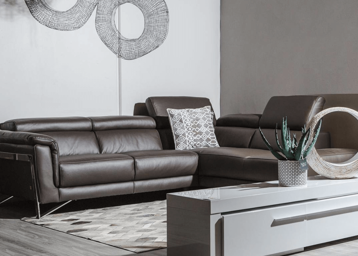 Essential Tips For Buying The Perfect Leather Sofa For Your Living Room