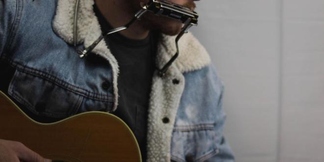Zach Bryan Debuts New EP 'Quiet, Heavy Dreams