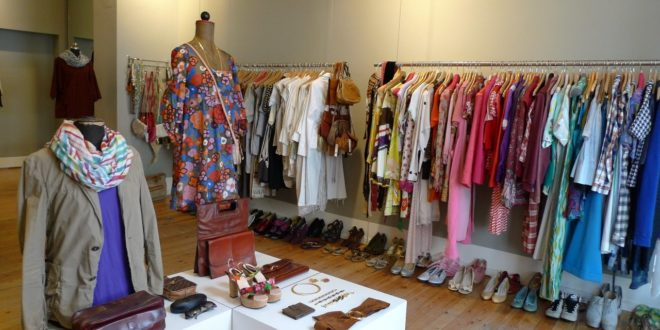 Obvious Advantages of Buying Vintage Clothes
