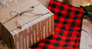 6 Best Personalized Gifts for Him, Her & Kids