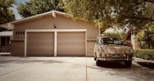 Manual vs. Automatic Garage Doors – which one to choose.