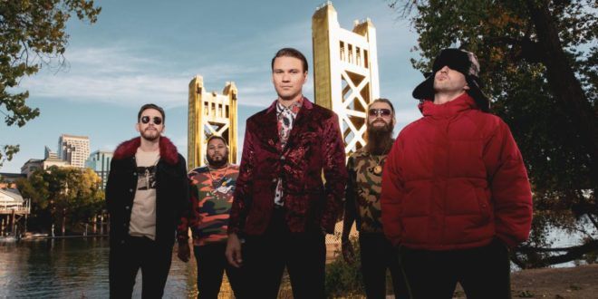 "Dance Gavin Dance Release ""Man Of The Year"" Live Video; Physical Copies Of 'Tree City Sessions 2' Available Now"