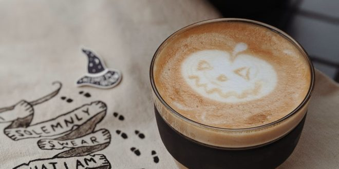 glass of cafe latte