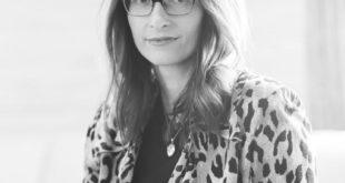 Dr. Barbara Paldus of Codex Beauty prints efficacy testing panels on labels