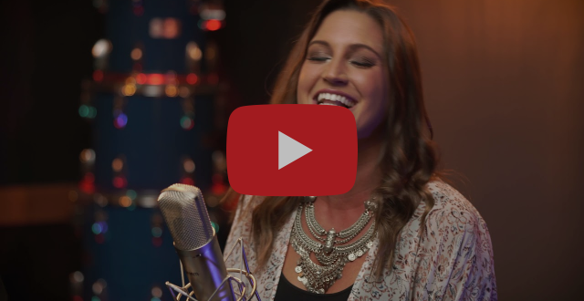 """CAROLYN MILLER WOWS WITH RELEASE OF """"ALWAYS BE HOME"""" LIVE ACOUSTIC VIDEO"""