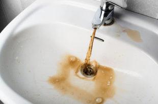 Is drinking rusty water dangerous