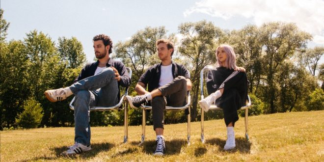WILD RIVERS SHARE THE NEW SINGLE 'BETTER WHEN WE'RE FALLING APART'
